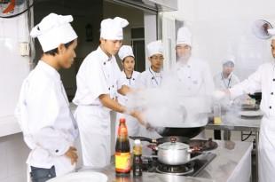 Dạy nghề nấu ăn trên toàn quốc